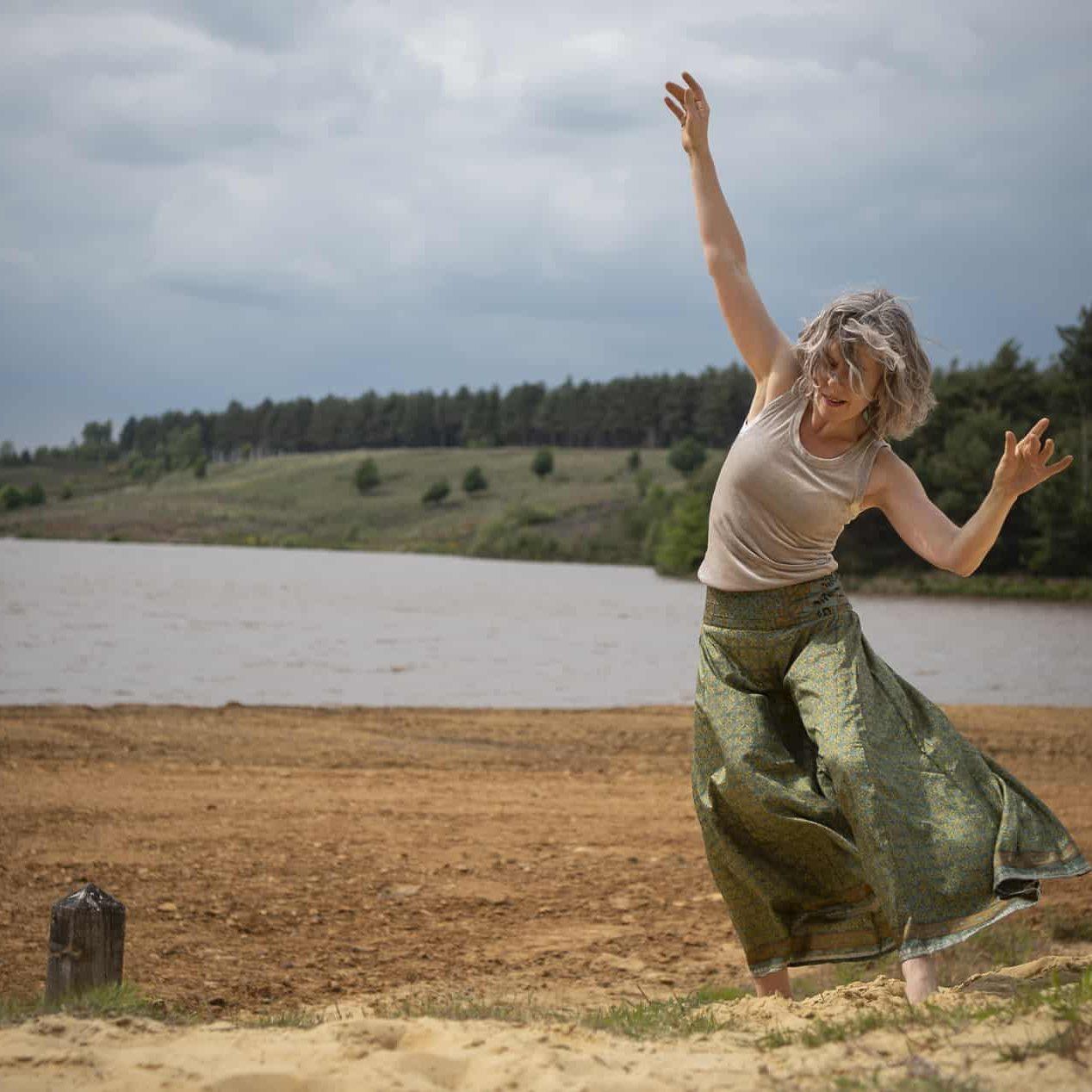 Pauline van Hezik _ Bodyfulness _ sessie 02 zilver_17 KLEUR 1900px